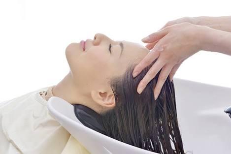 頭皮のお悩みを改善!リフトアップ効果!薄毛への効果、髪の毛への効果、眼精疲労への効果
