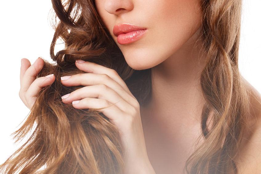 髪は肌の5倍も紫外線を浴びる?!紫外線から美しい髪を守るには?